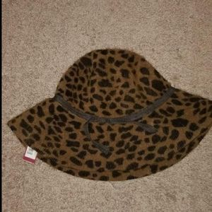Leopard hat womens